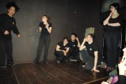 [Impro Paris 4x4 d'impro Café de Paris Trait d'union 9]