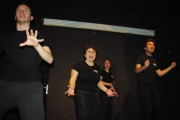 [Impro Paris 4x4 d'impro Café de Paris Trait d'union 45]
