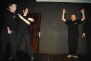 [Impro Paris 4x4 d'impro Café de Paris Trait d'union 108]