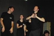 [Impro Paris 4x4 d'impro Café de Paris Trait d'union 212]