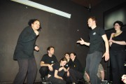 [Impro Paris 4x4 d'impro Café de Paris Trait d'union 220]
